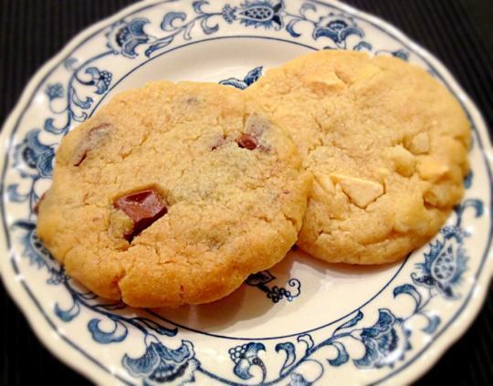 ... チョコレートチャンククッキー