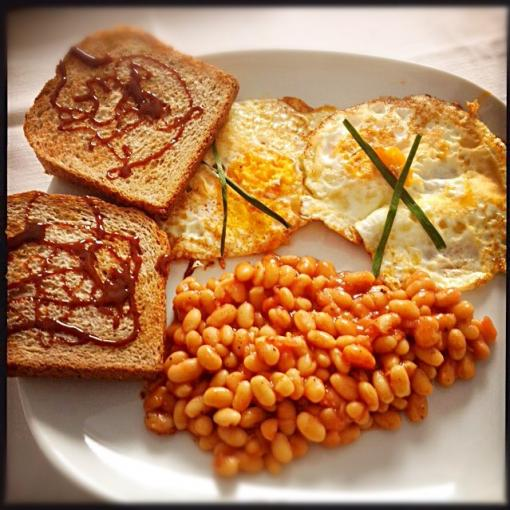 Fried eggs, baked beans and toast with Marmite - breakfast time ❤️