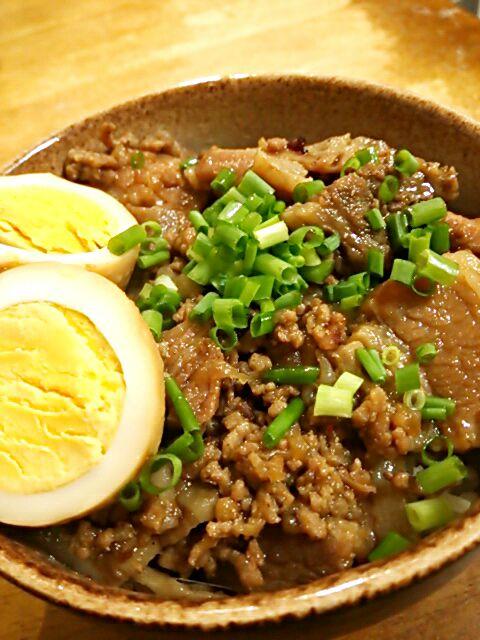魯肉飯(ルーローファン)~煮込み豚肉かけご飯~