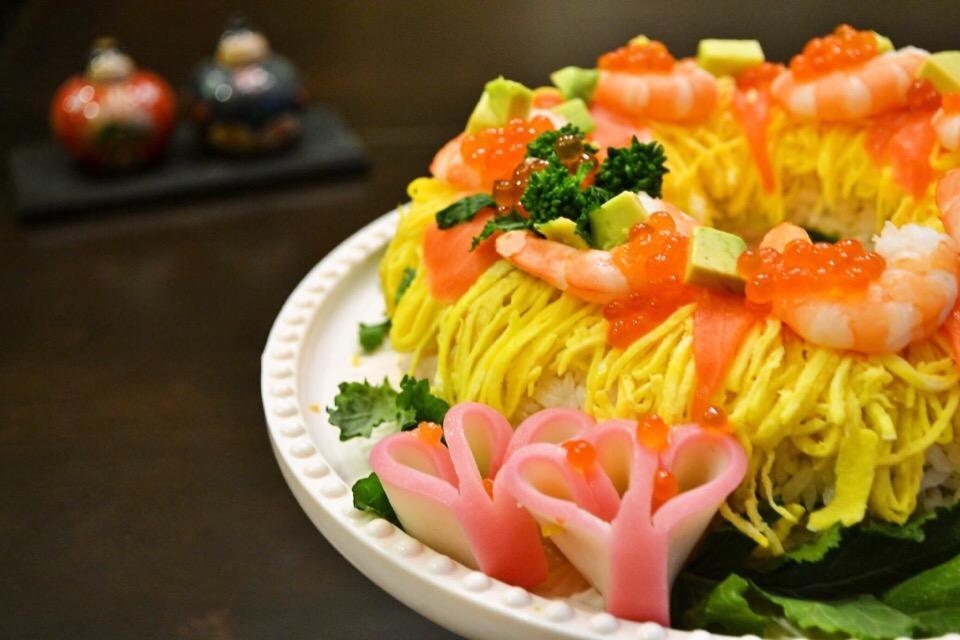 ひな祭りにケーキ寿司