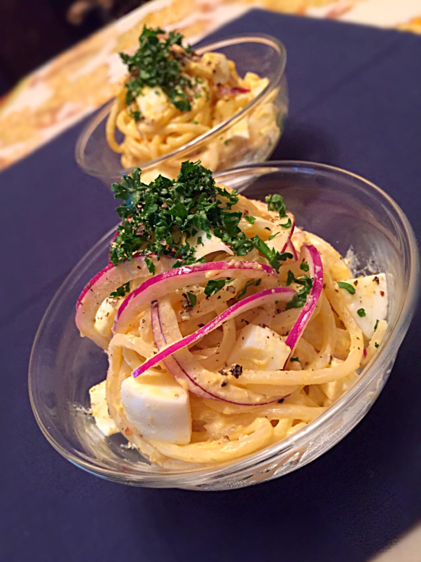 ゆで卵とスパゲティーのパセリサラダ *ଘ(੭*ˊᵕˋ)੭* ੈ✩‧₊˚