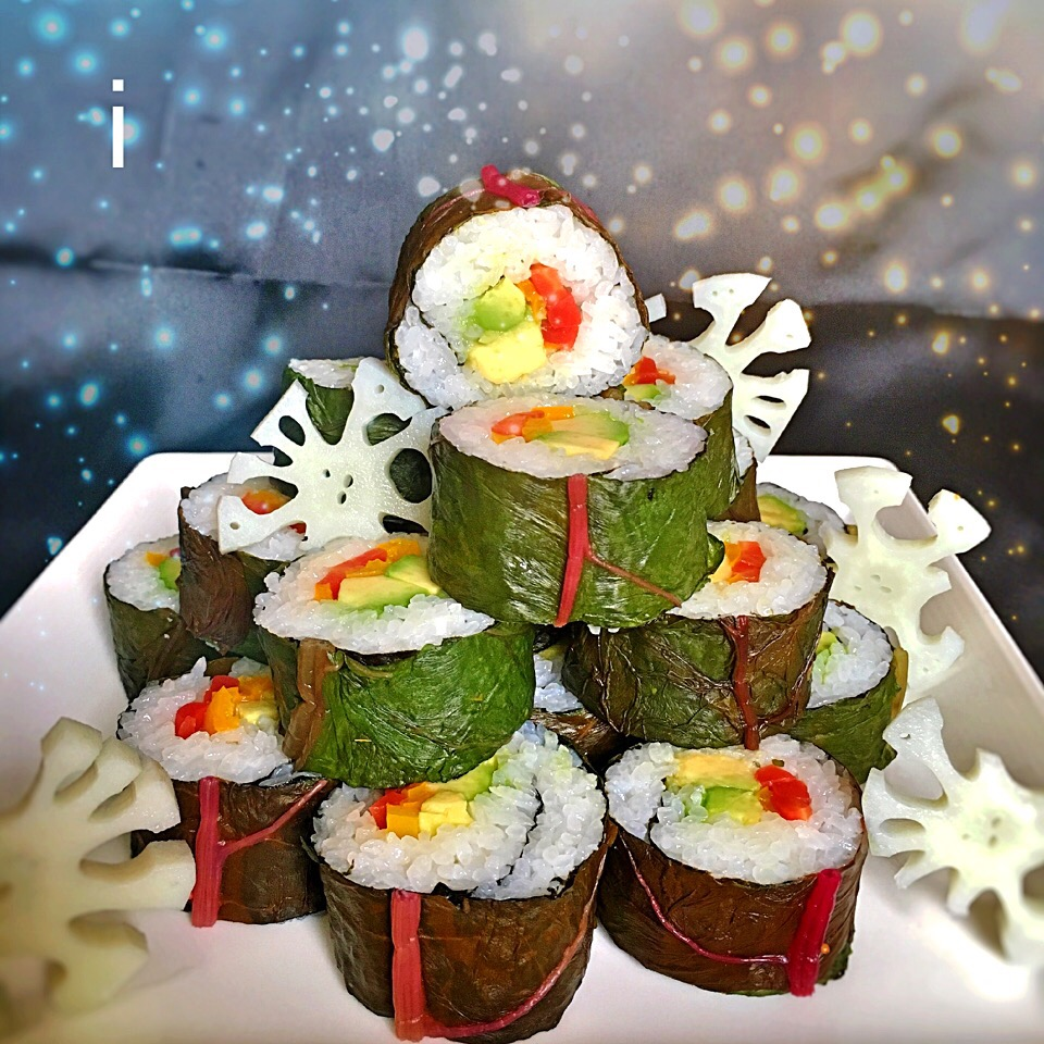 スイスチャードの巻き寿司 レンコンの甘酢漬けを添えて 【Swiss chard  SUSHI rolls served with rotus root pickles】