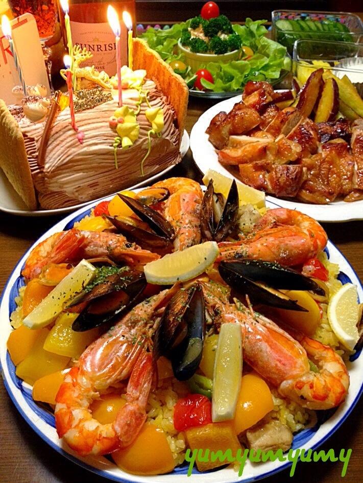 パエリア(炊飯器ver.)です。失敗なしのふっくらごはんで、魚介の旨み&サフランの薫りを存分に☆