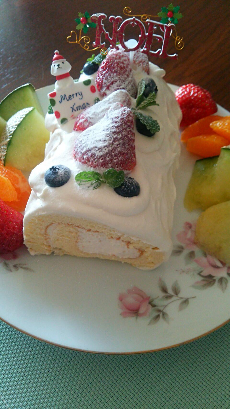 久しぶりなシフォンロールケーキ。
