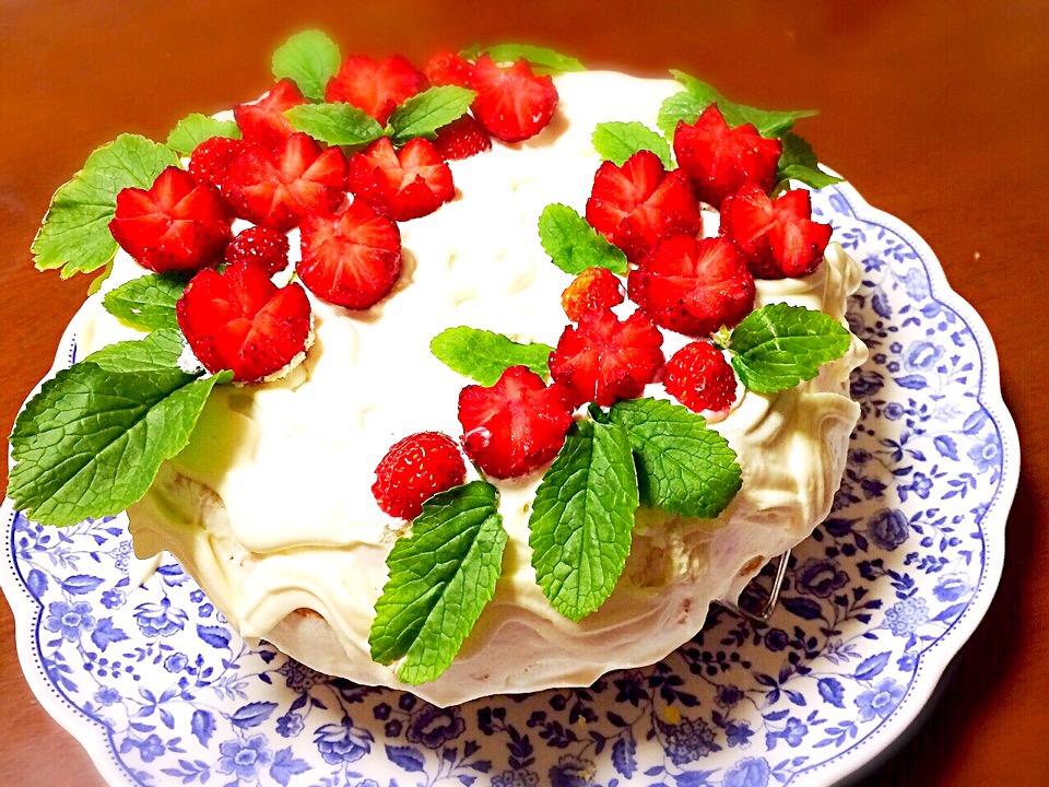 チューリップいちごのケーキ
