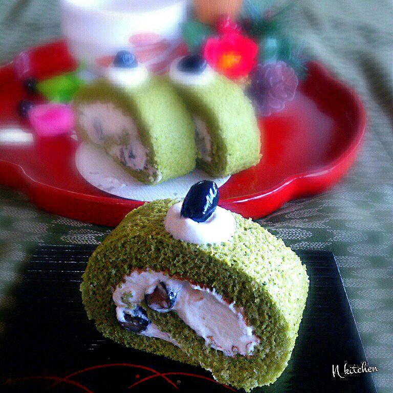 黒豆抹茶ロールケーキ