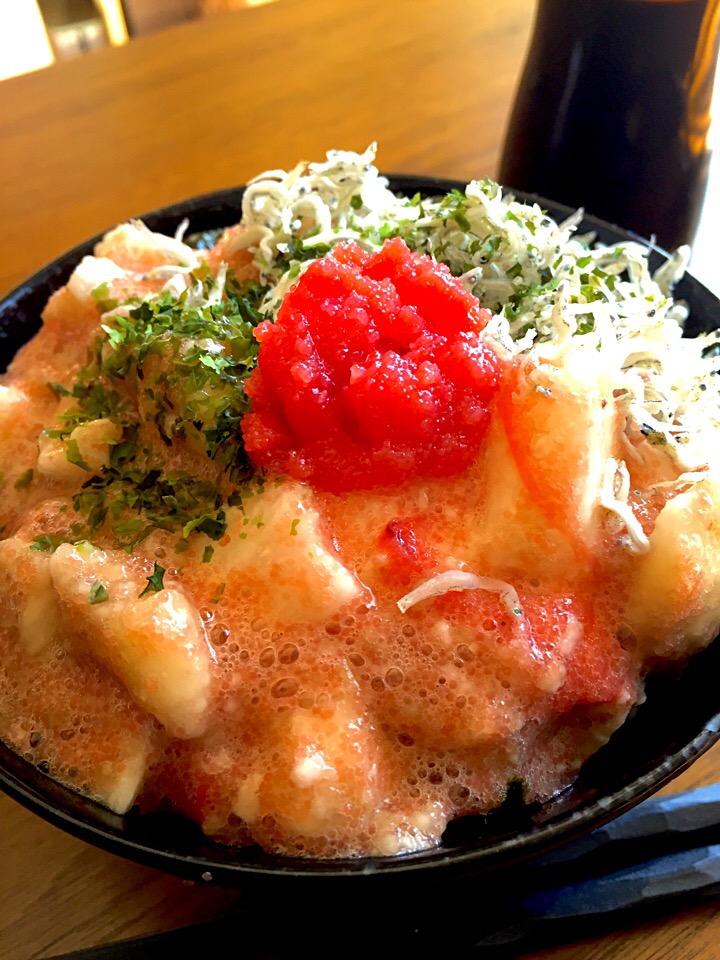 たたき長芋の明太子丼