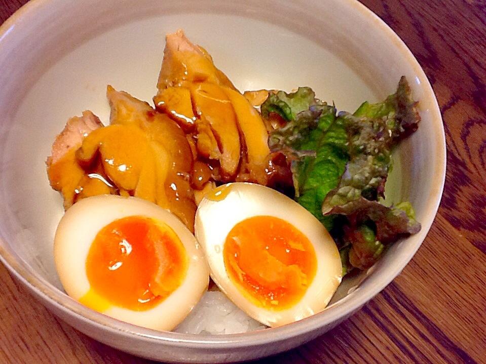 照焼き風チキン丼 煮卵添え