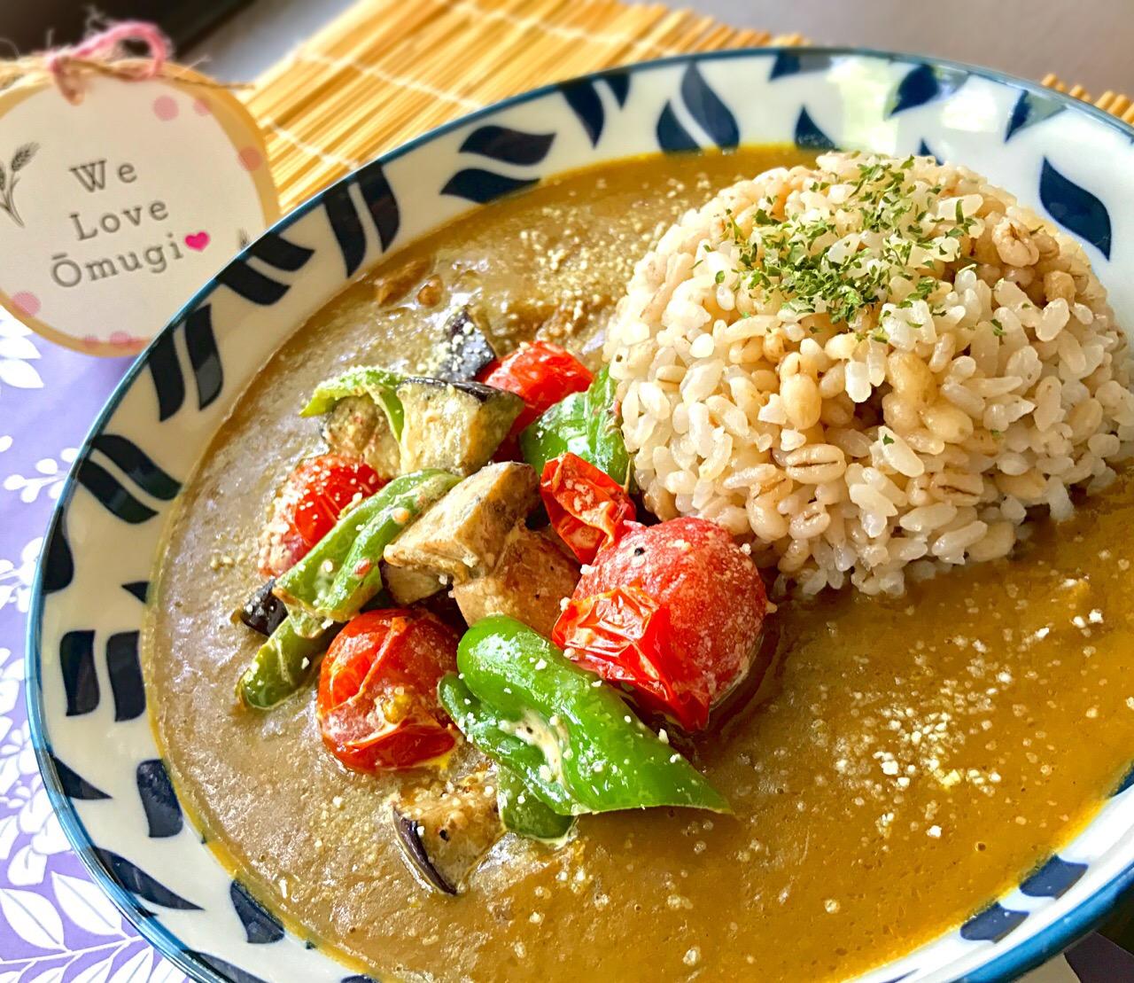 昼ごはん  夏野菜ソテー添えチキンカレー