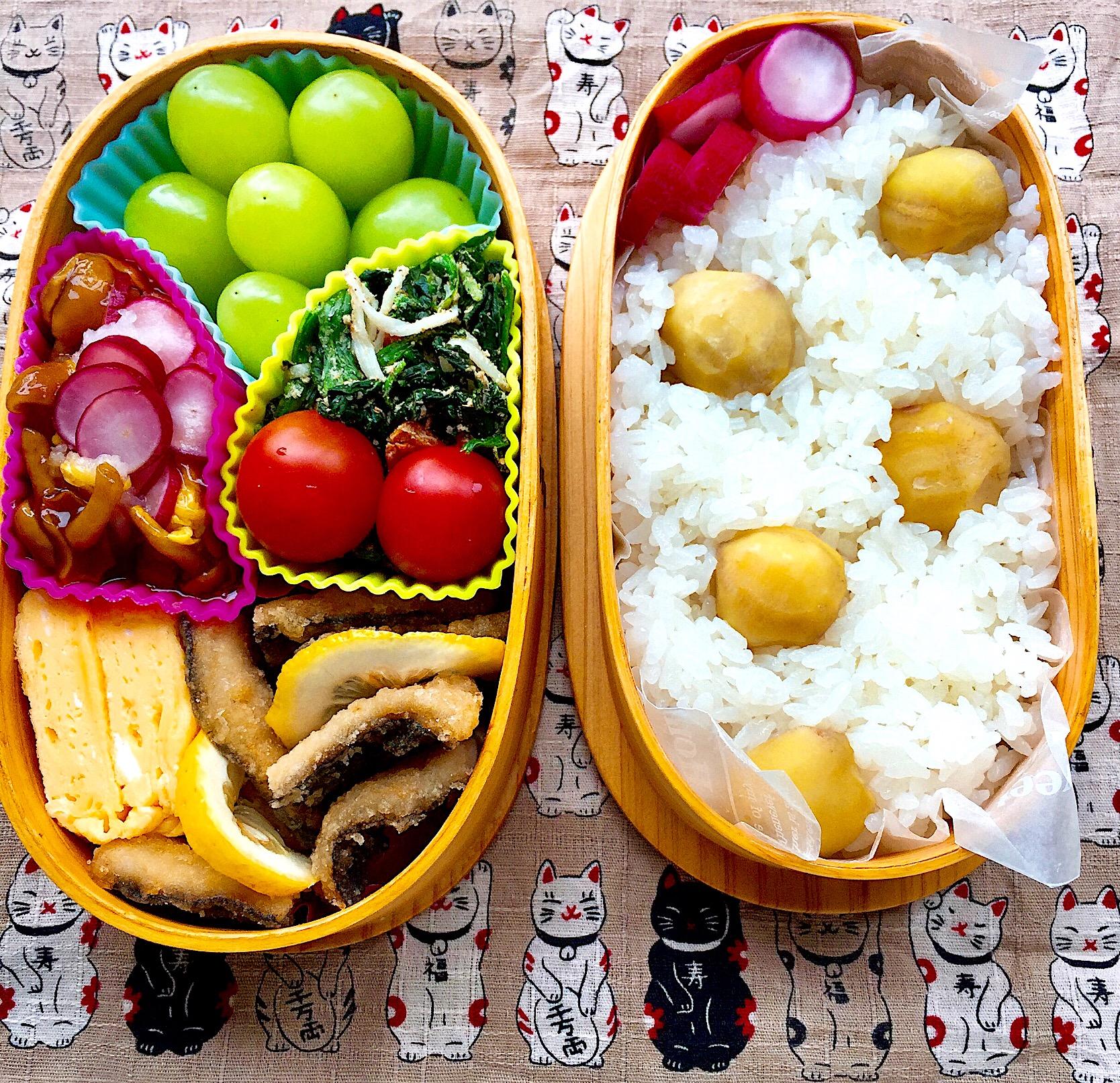 #お父さん弁当 #栗ご飯 #食用菊の和え物    #シャインマスカット #秋刀魚