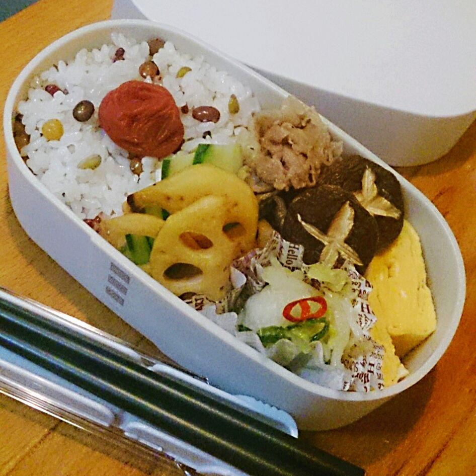 豆と雑穀ご飯と豚の生姜煮弁当