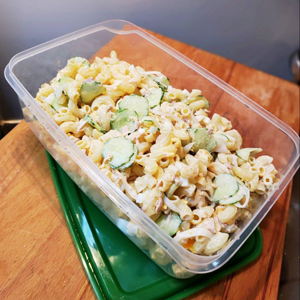 鯖の水煮缶でmixキヌア入りマカロニサラダ