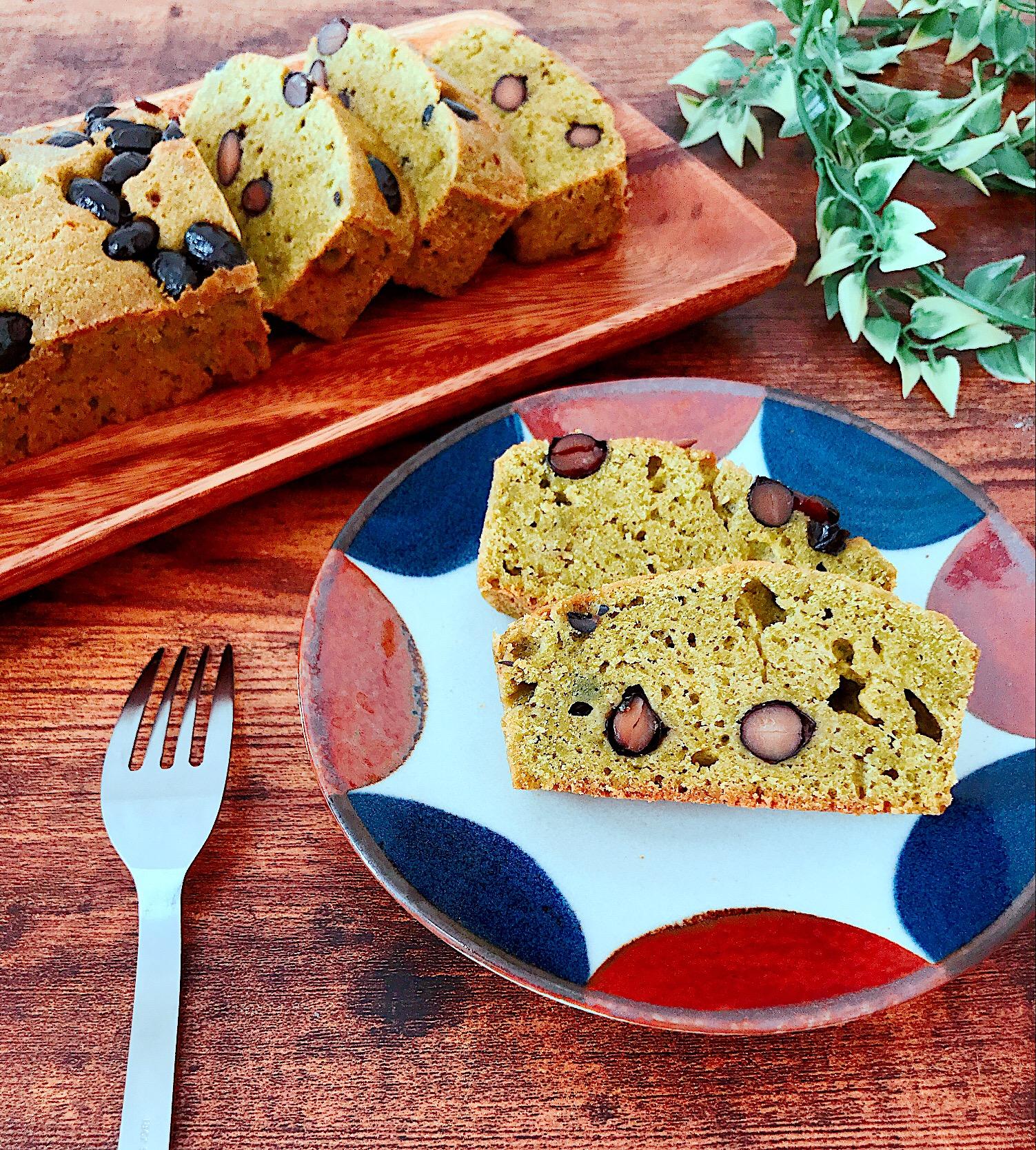 黒豆と抹茶のパウンドケーキ