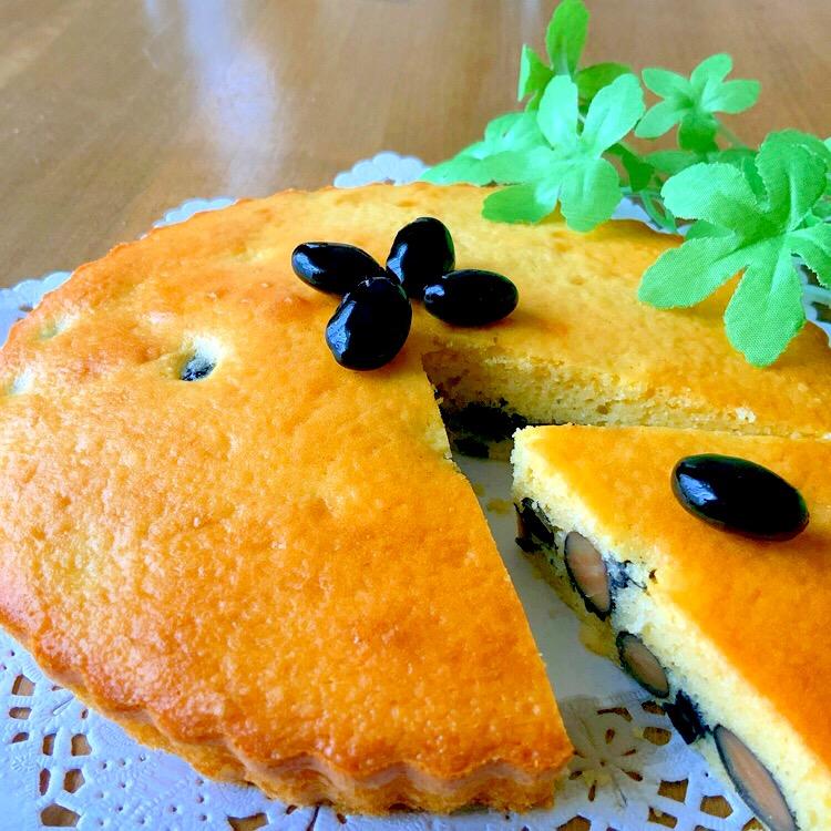 ぷらっとさんの料理 ❤️アーモンド クーヘン❤️ 黒豆