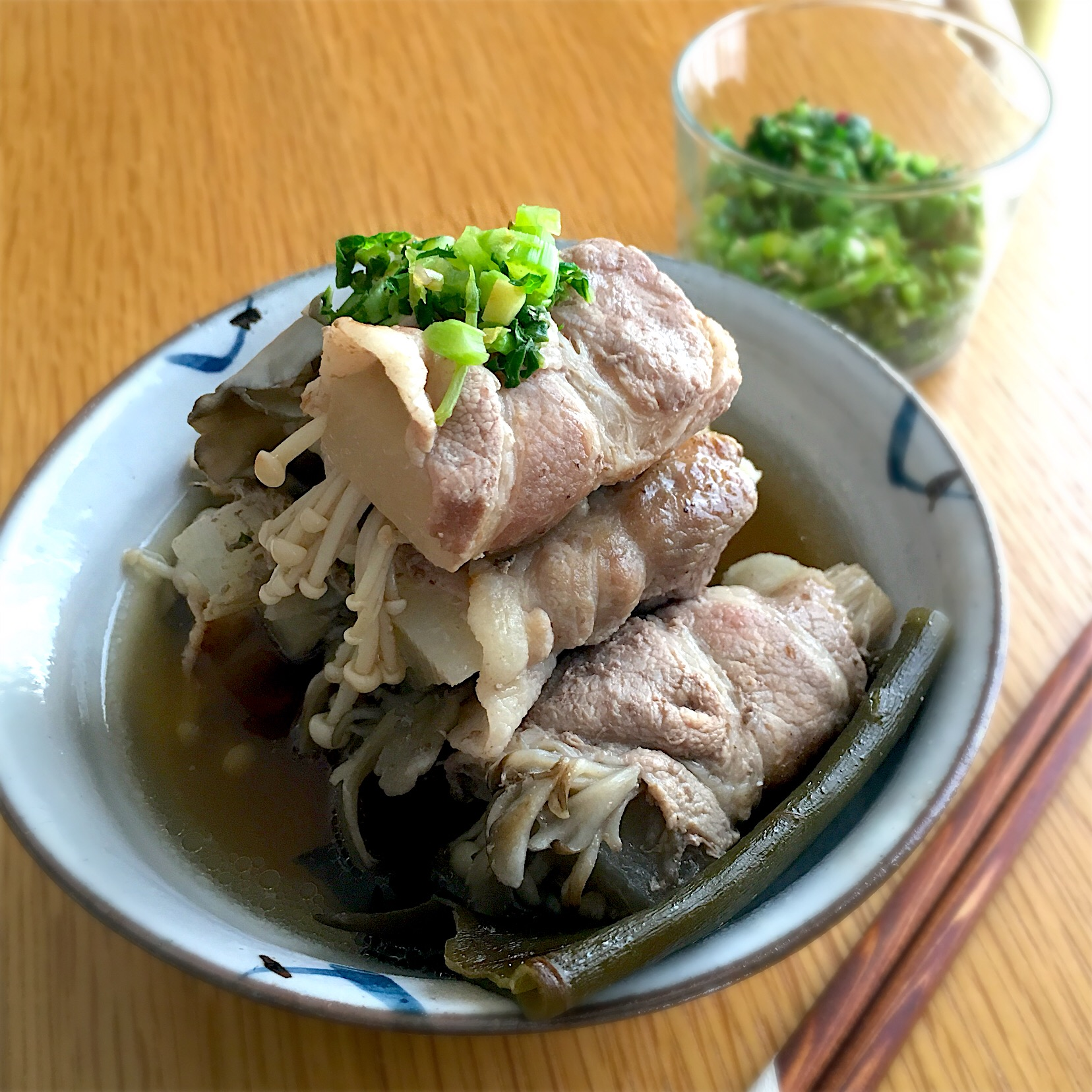 大根とキノコの豚肉巻き煮