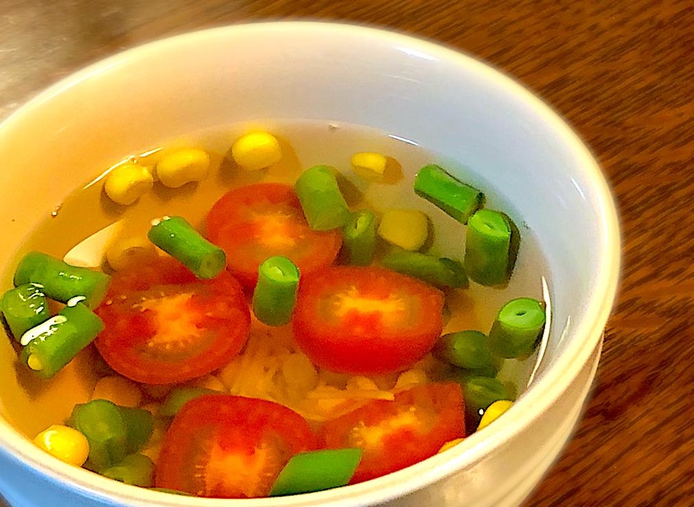 冷製もおすすめ☆トマトとインゲンのしょうが風味スープ