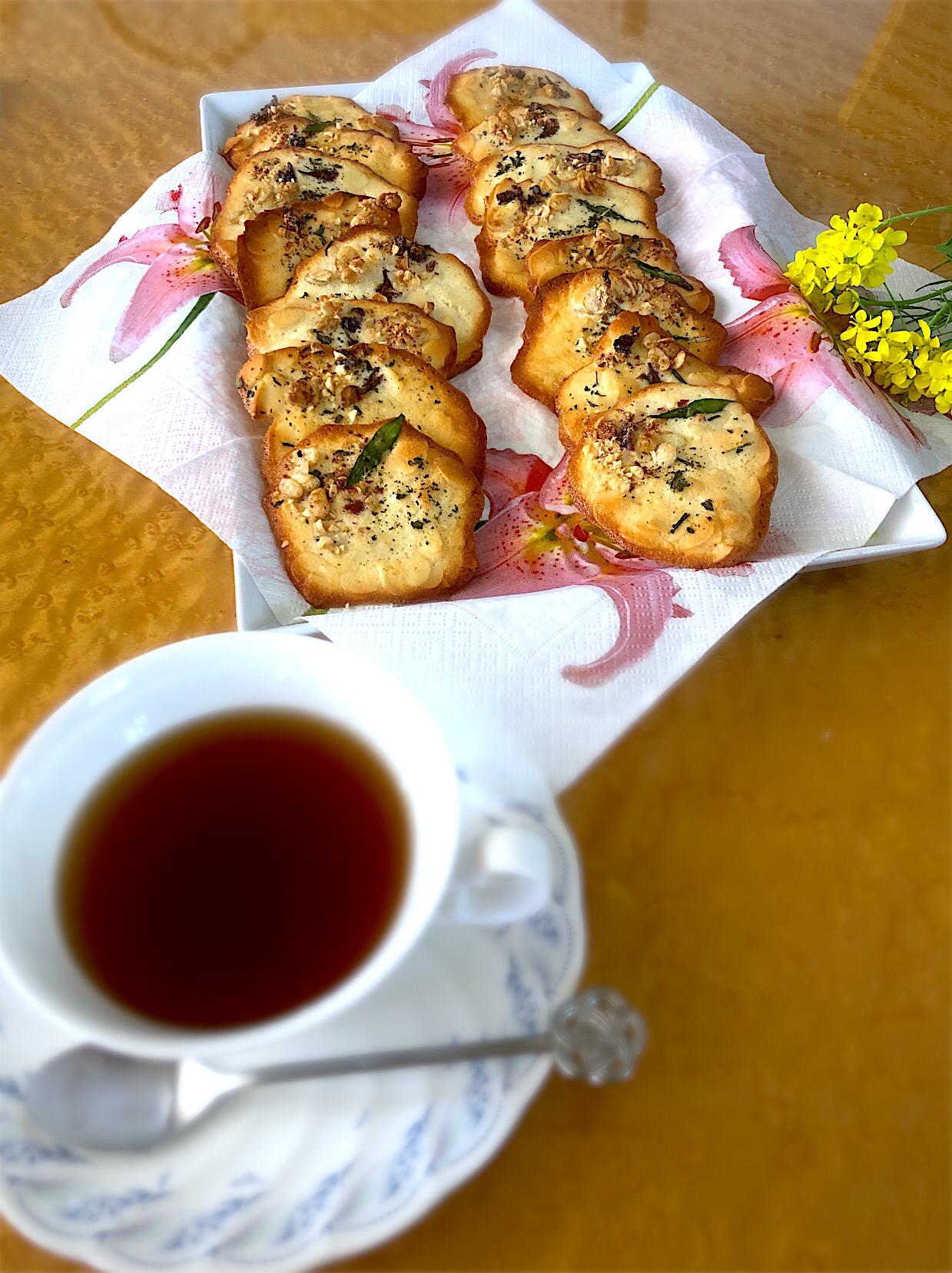 YouTubeより卵白消費に!アーモンドチュイル 山椒 桜 すみれ お茶を散らして春味!