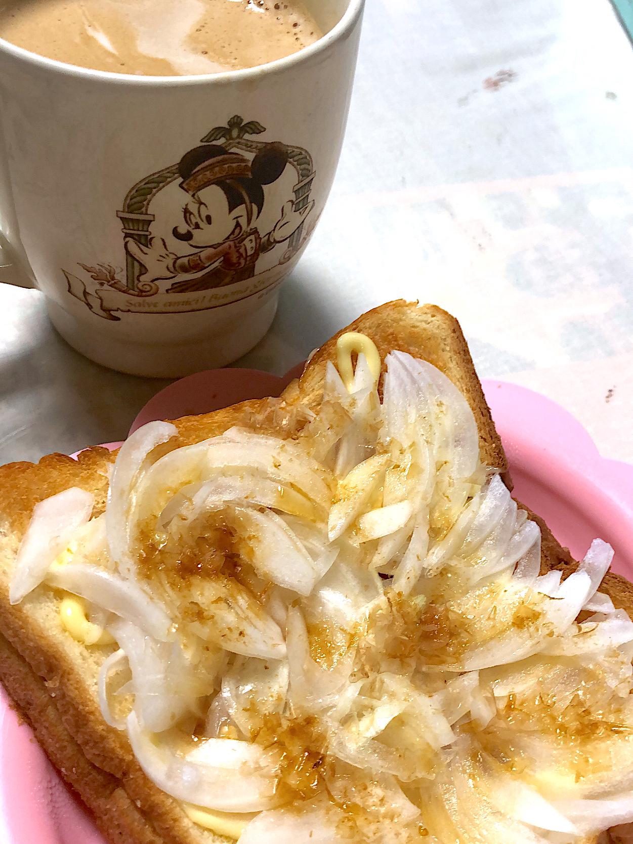 自家製新玉ねぎのトースト
